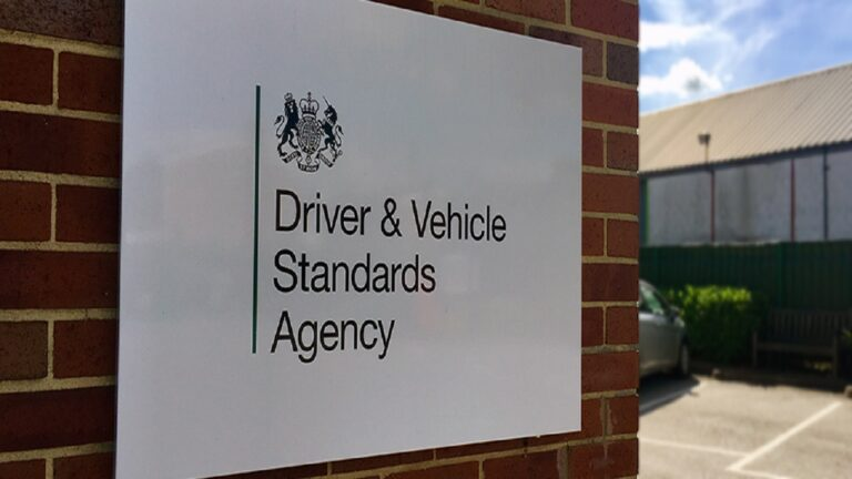 Hire car for driving test in enfield